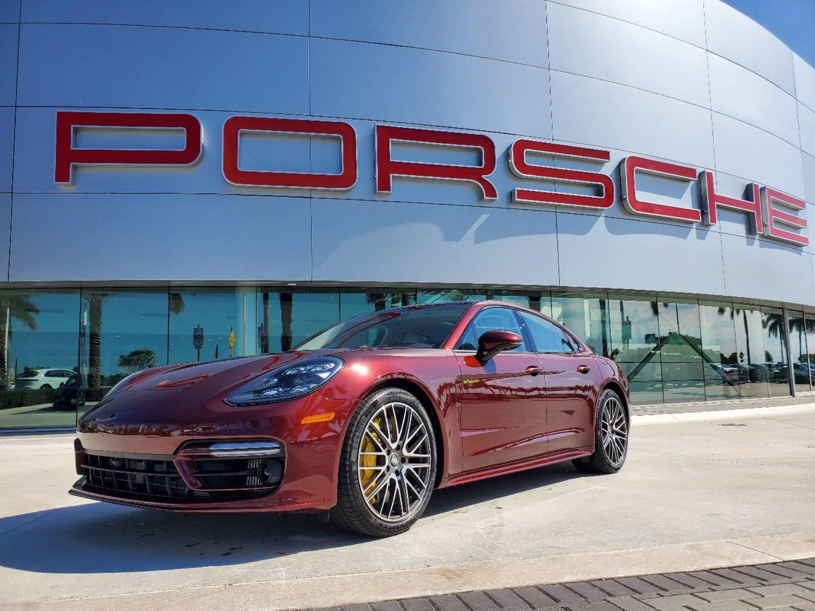 2021 Porsche Panamera Turbo S E-Hybrid – 1