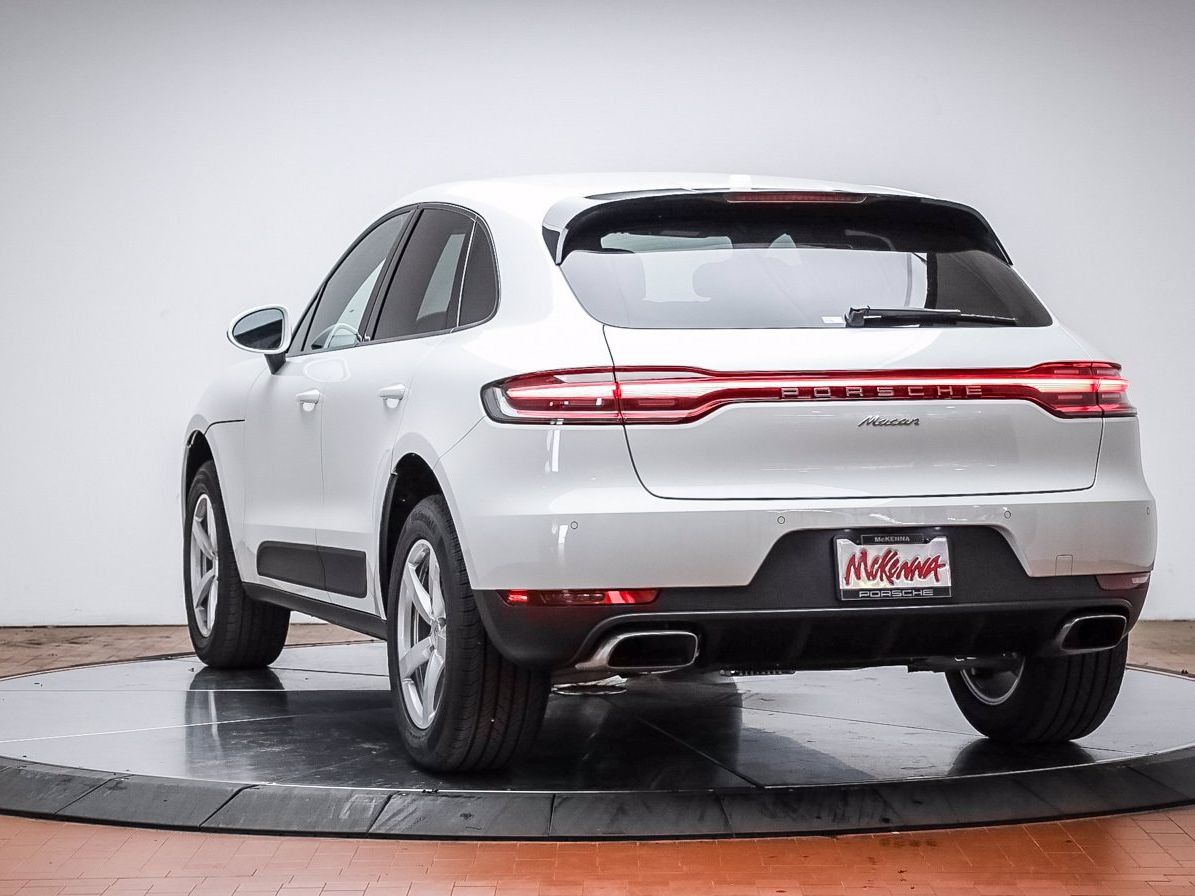 2021 Porsche Macan – 2