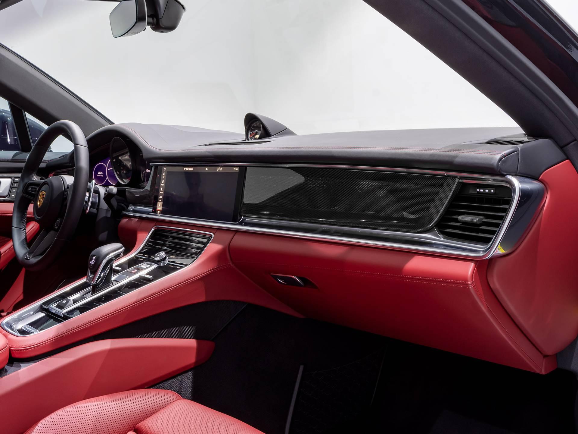 2021 Porsche Panamera – 3