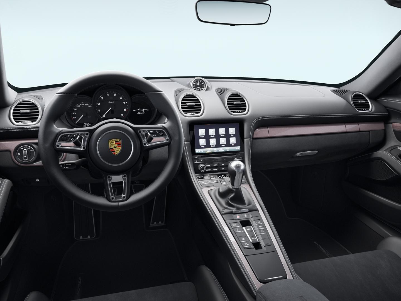 2022 Porsche 718 Spyder – 5