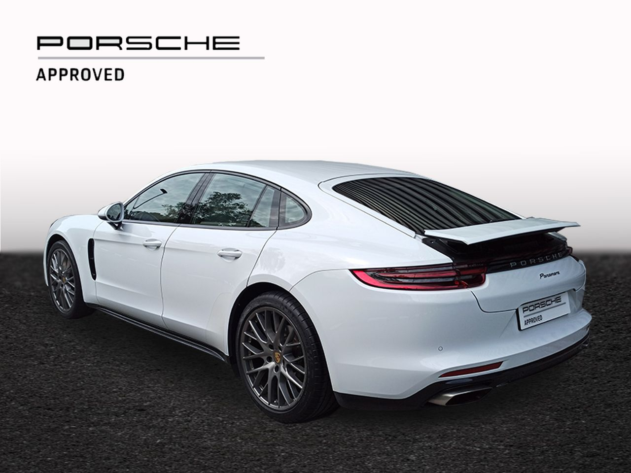 2017 Porsche Panamera – 2