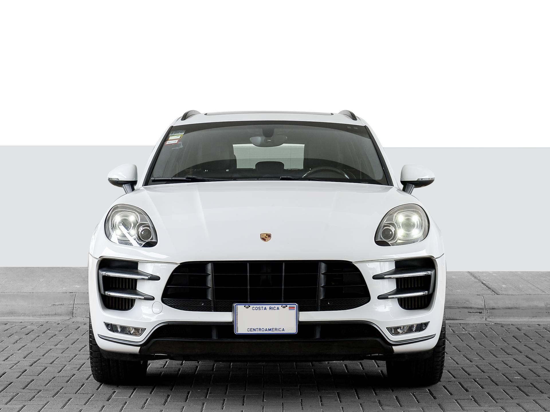 2015 Porsche Macan Turbo – 2