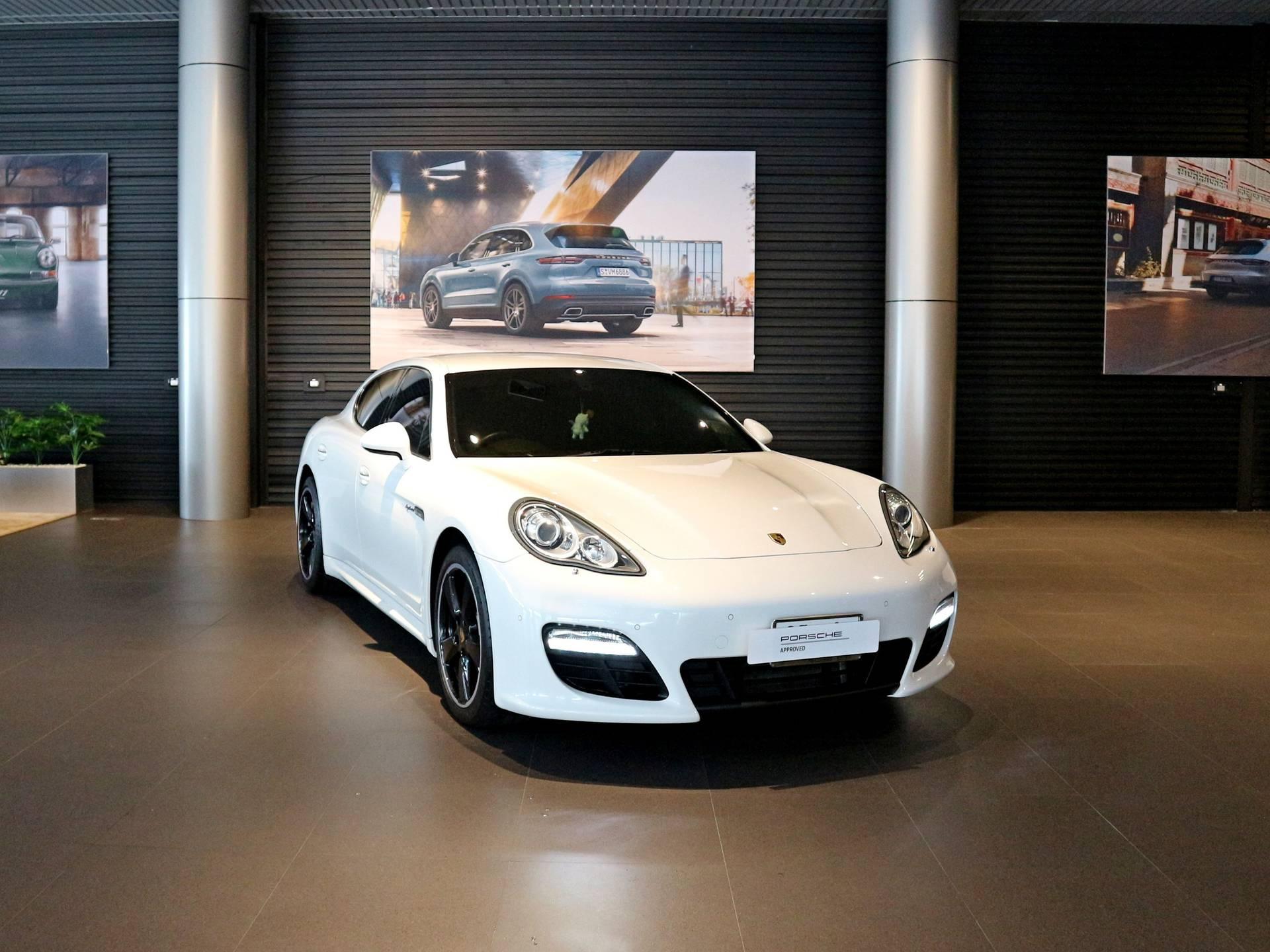 2012 Porsche Panamera S Hybrid – 1