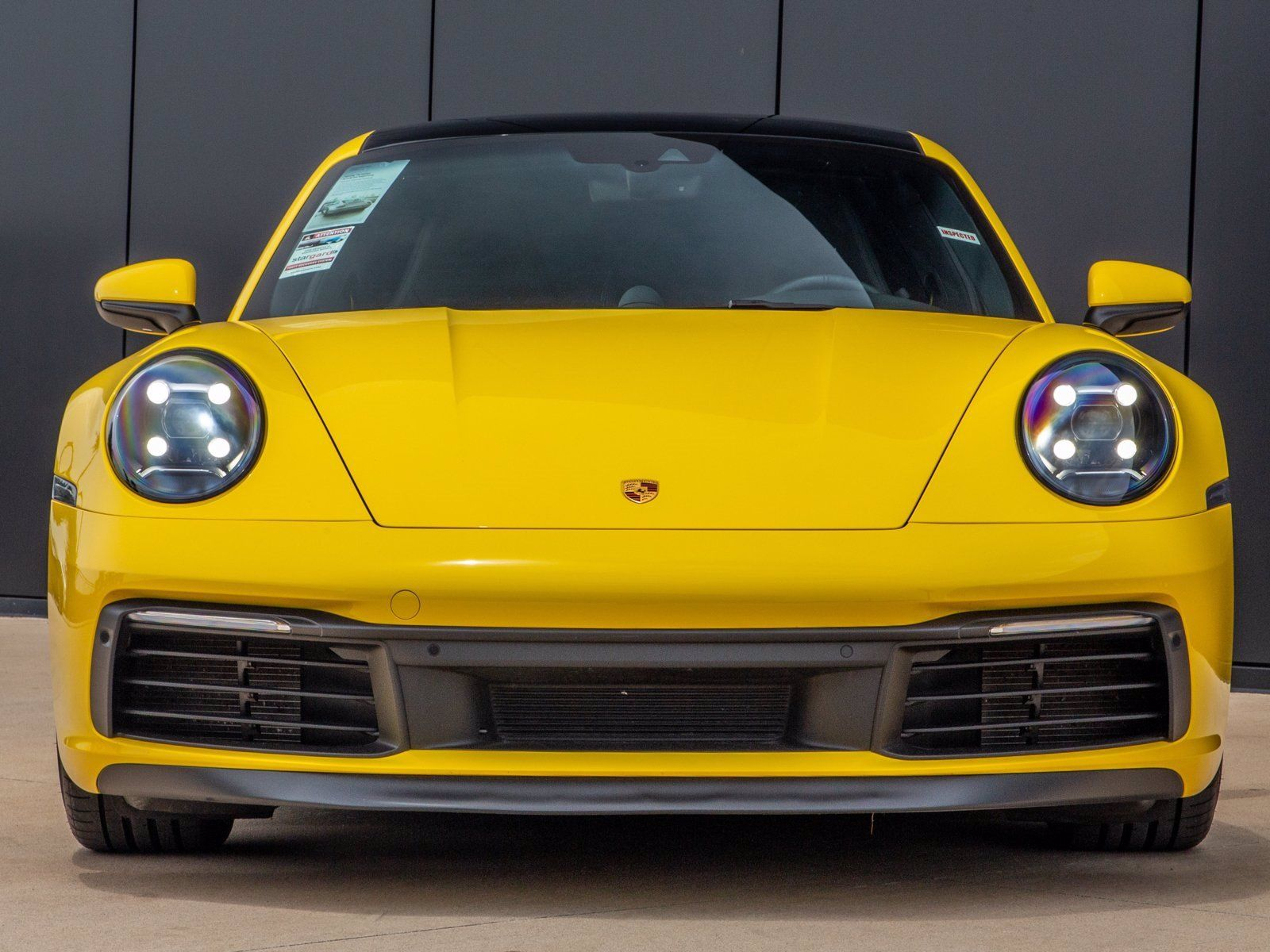 2020 Porsche 911 Carrera S (992) – 4