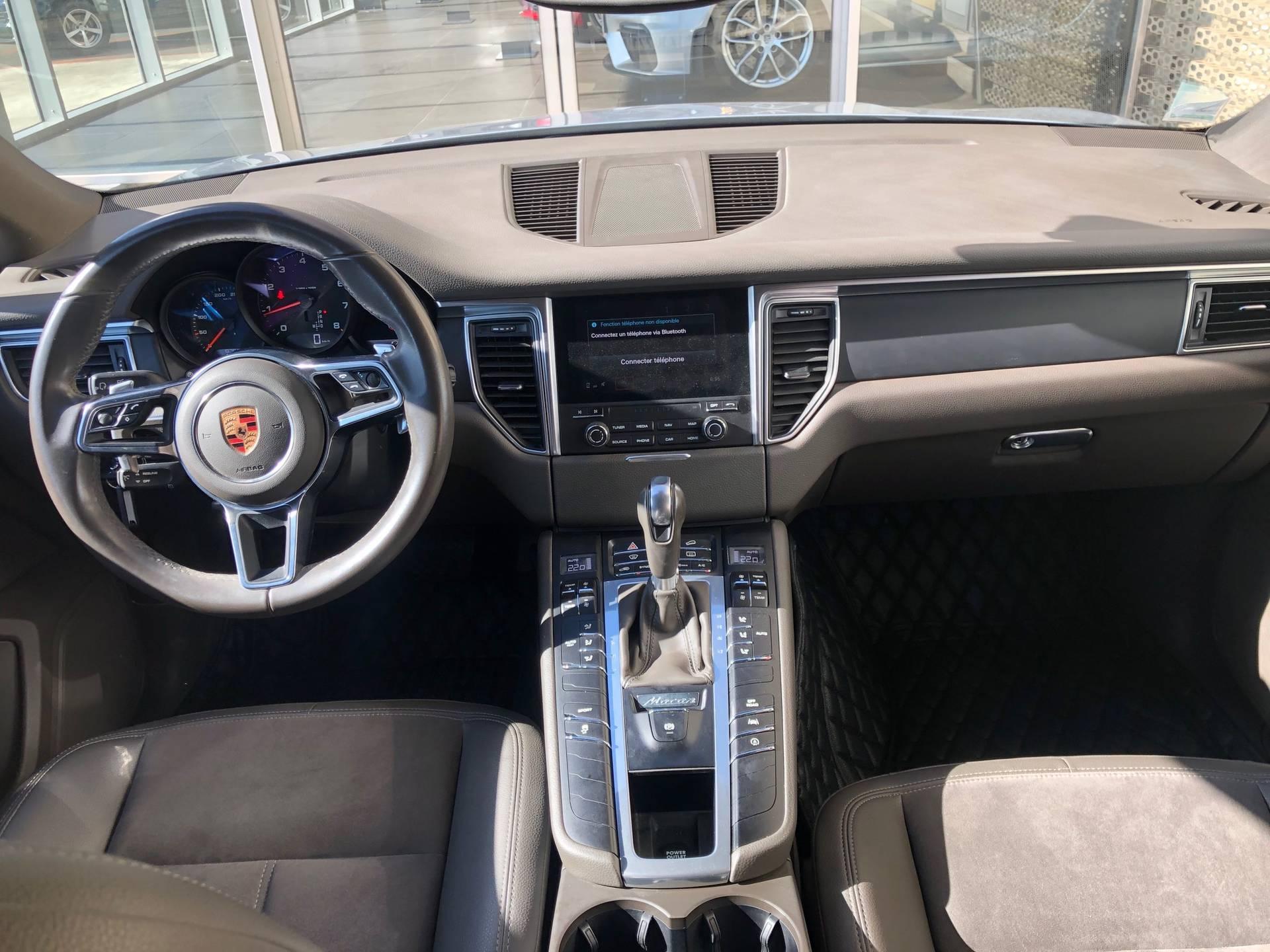 2018 Porsche Macan – 1