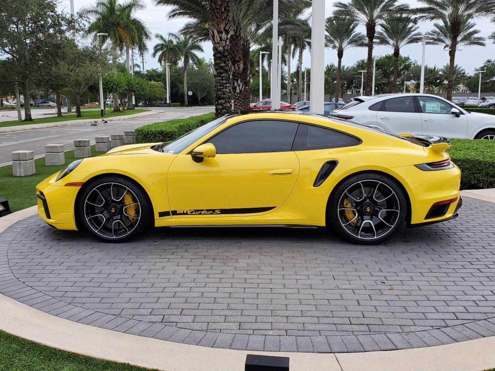 2021 Porsche 911 Turbo S – 2