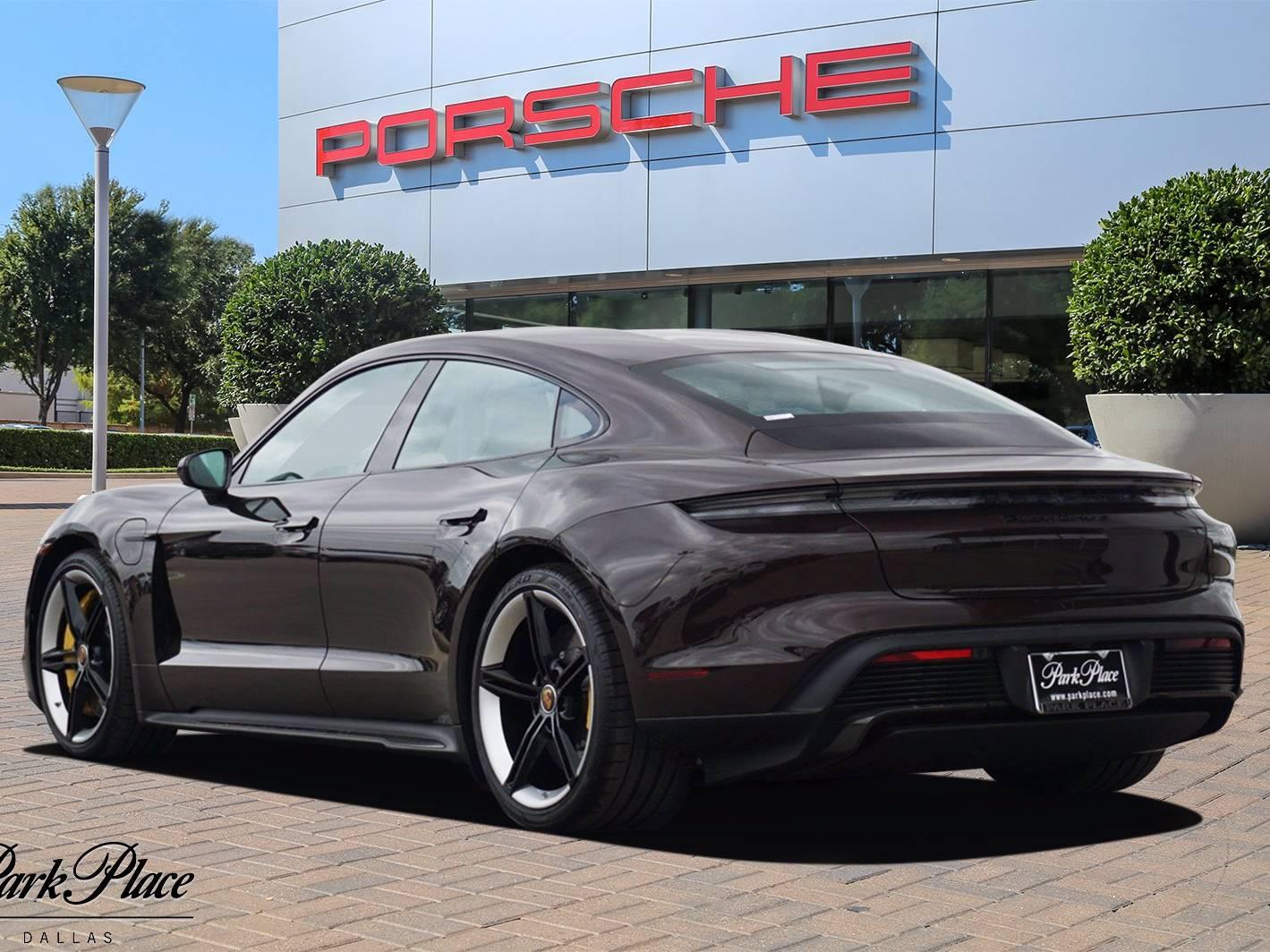2021 Porsche Taycan Turbo S – 2