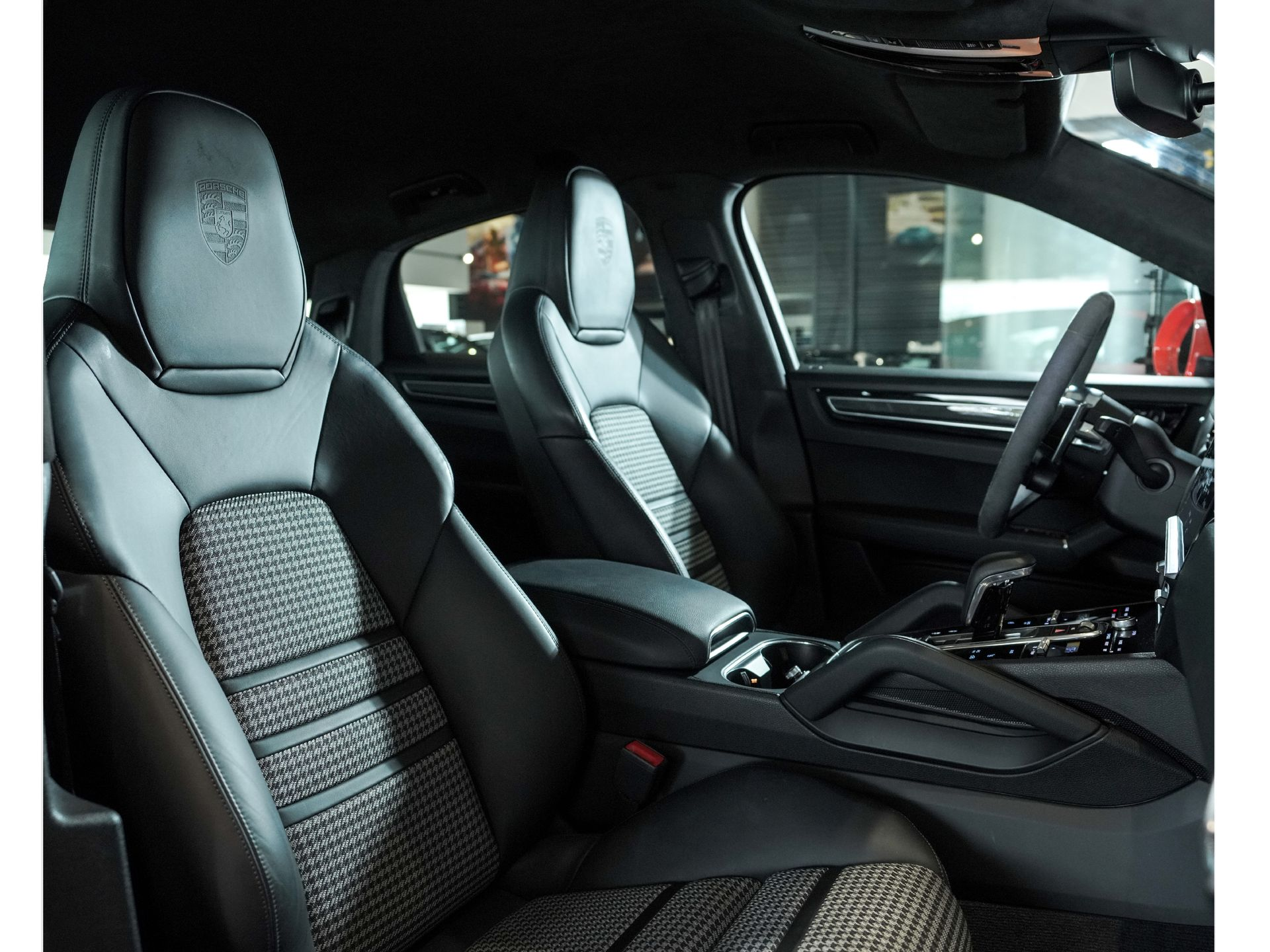 2020 Porsche Cayenne S Coupé – 3