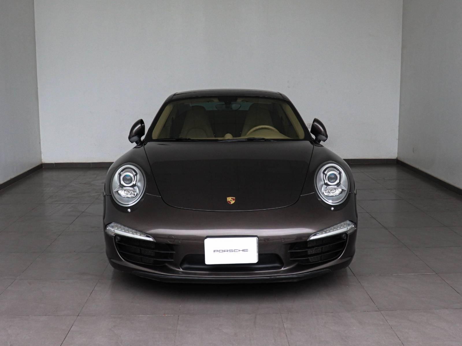 2013 Porsche 911 Carrera S – 5