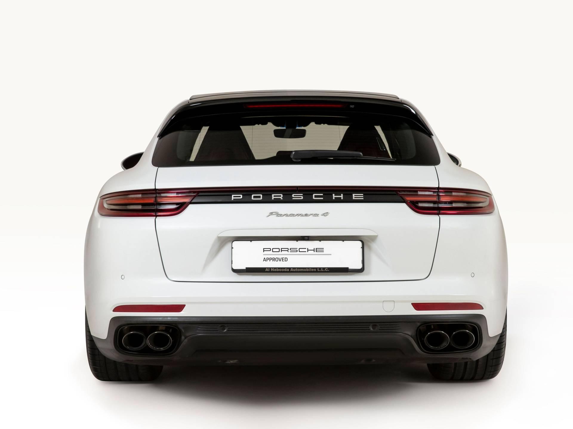 2018 Porsche Panamera 4 Sport Turismo – 2
