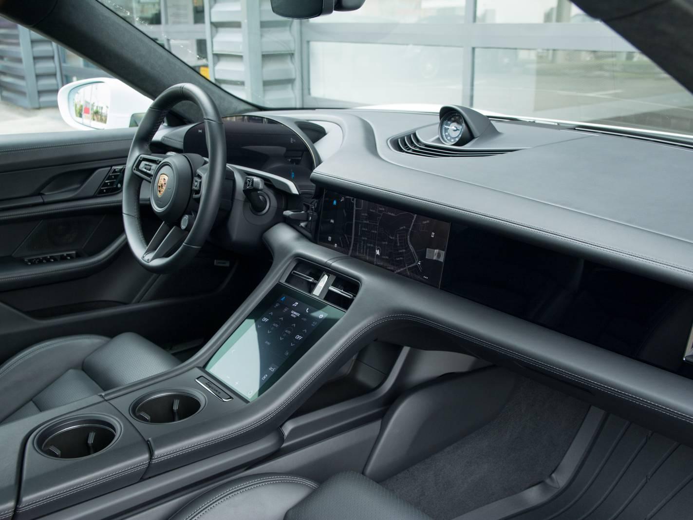 2020 Porsche Taycan Turbo – 4