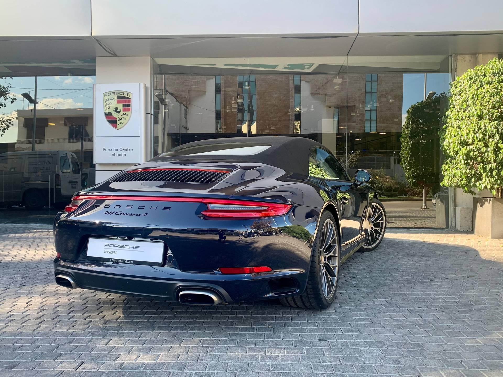 2017 Porsche 911 Carrera 4 Cabriolet – 5