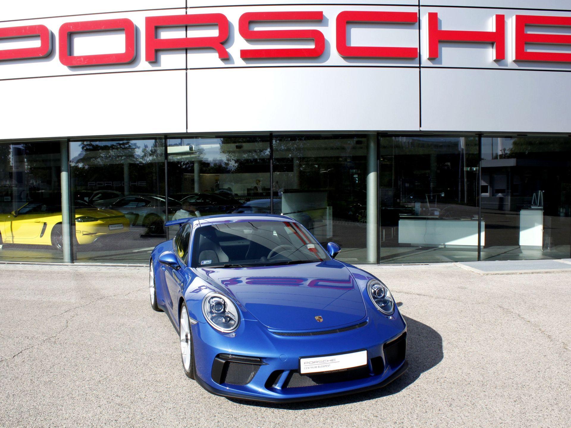 Porsche 911 GT3 – 1