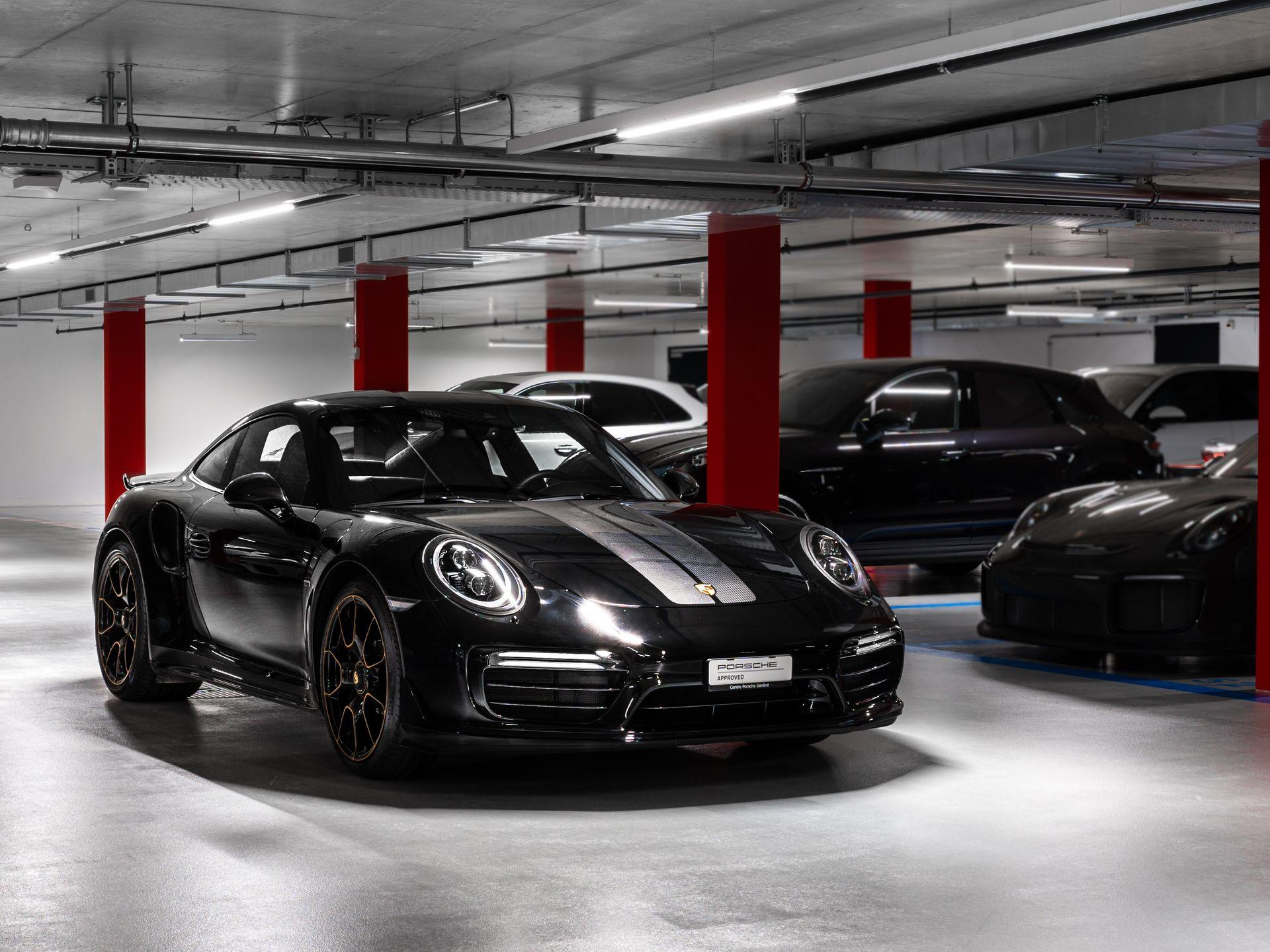 2018 Porsche 911 Turbo S Exclusive Series – 1