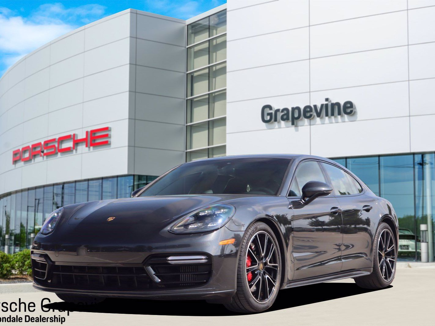 2019 Porsche Panamera GTS – 2