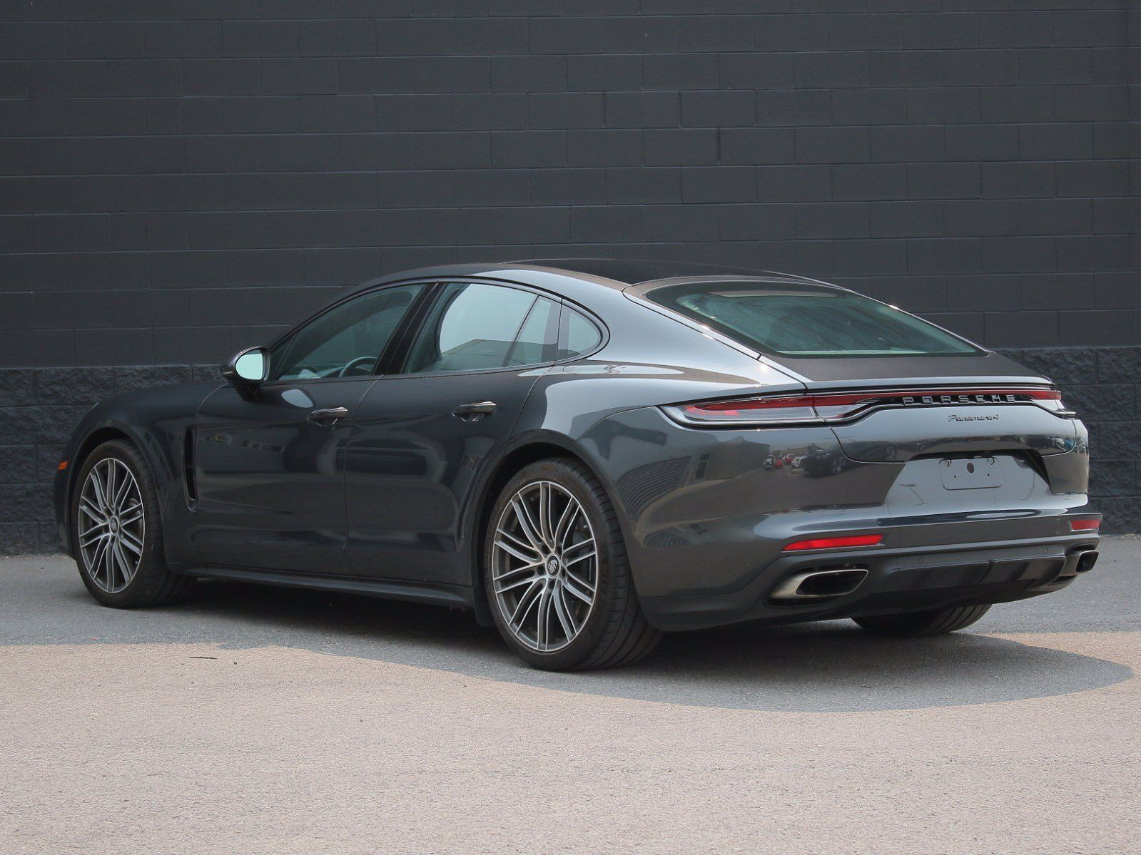 2021 Porsche Panamera 4 – 5