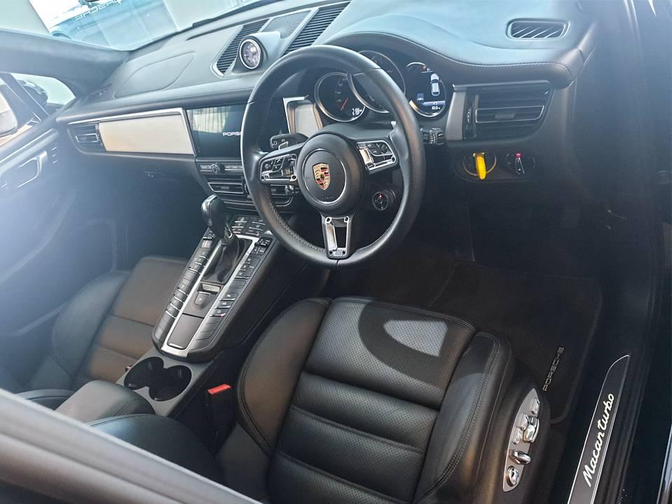 Porsche Macan Turbo – 4