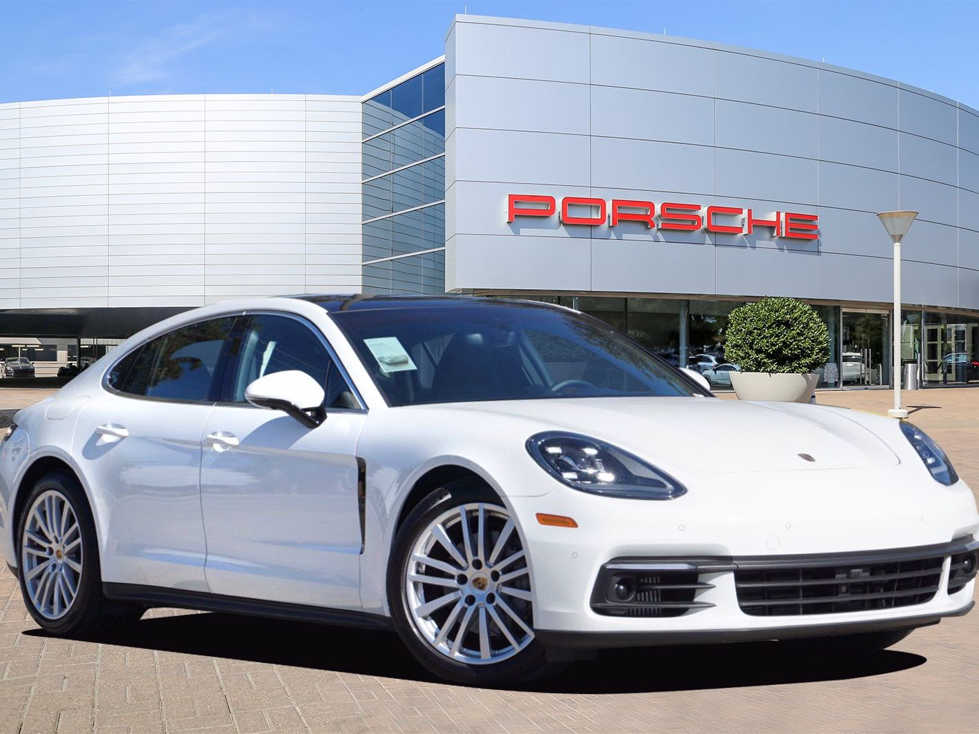 2020 Porsche Panamera 4S – 1