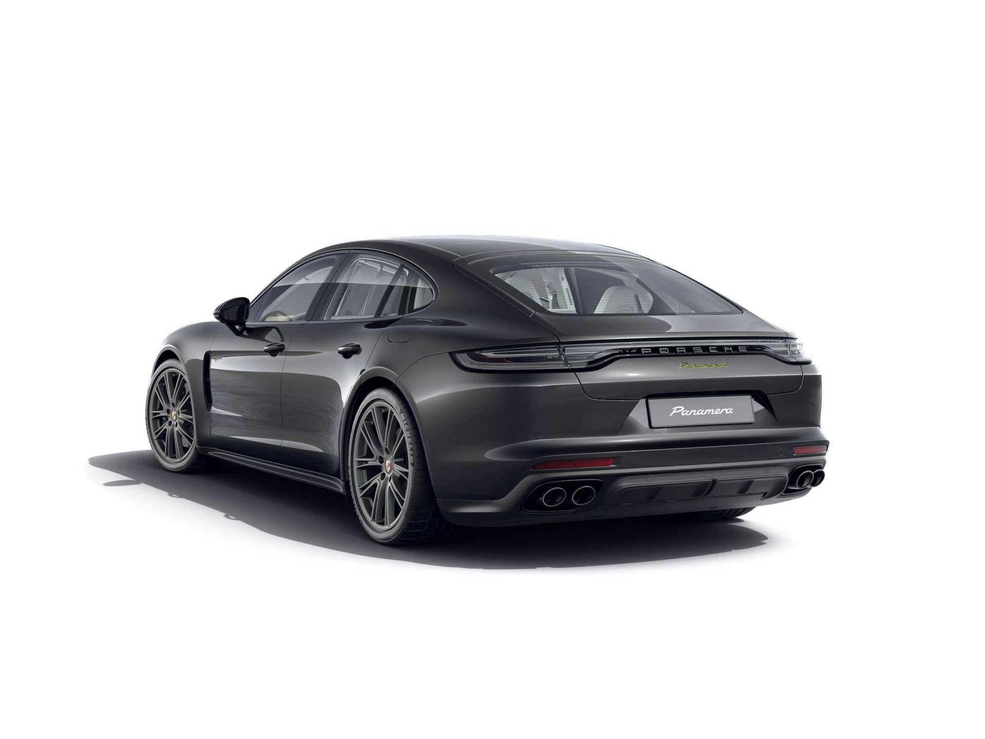 2022 Porsche Panamera 4 E-Hybrid – 3
