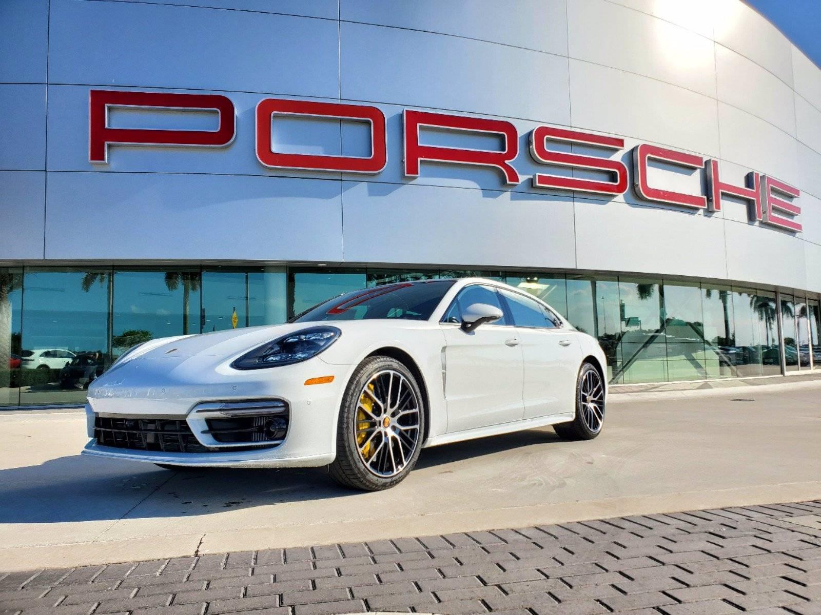 2021 Porsche Panamera Turbo S Executive – 1