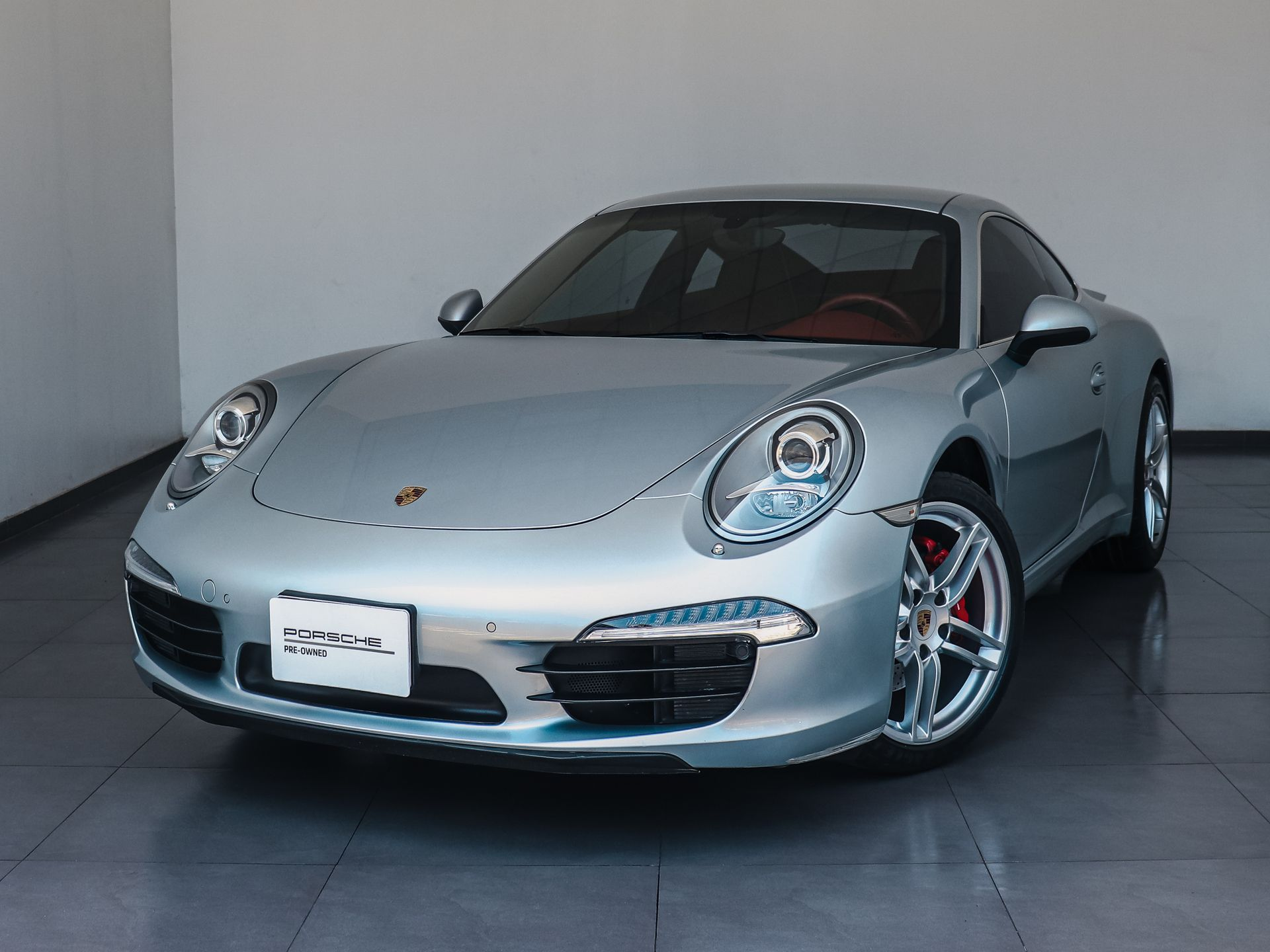 2014 Porsche 911 Carrera – 1