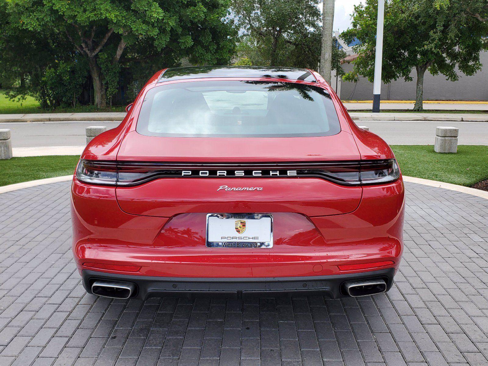 2021 Porsche Panamera – 4