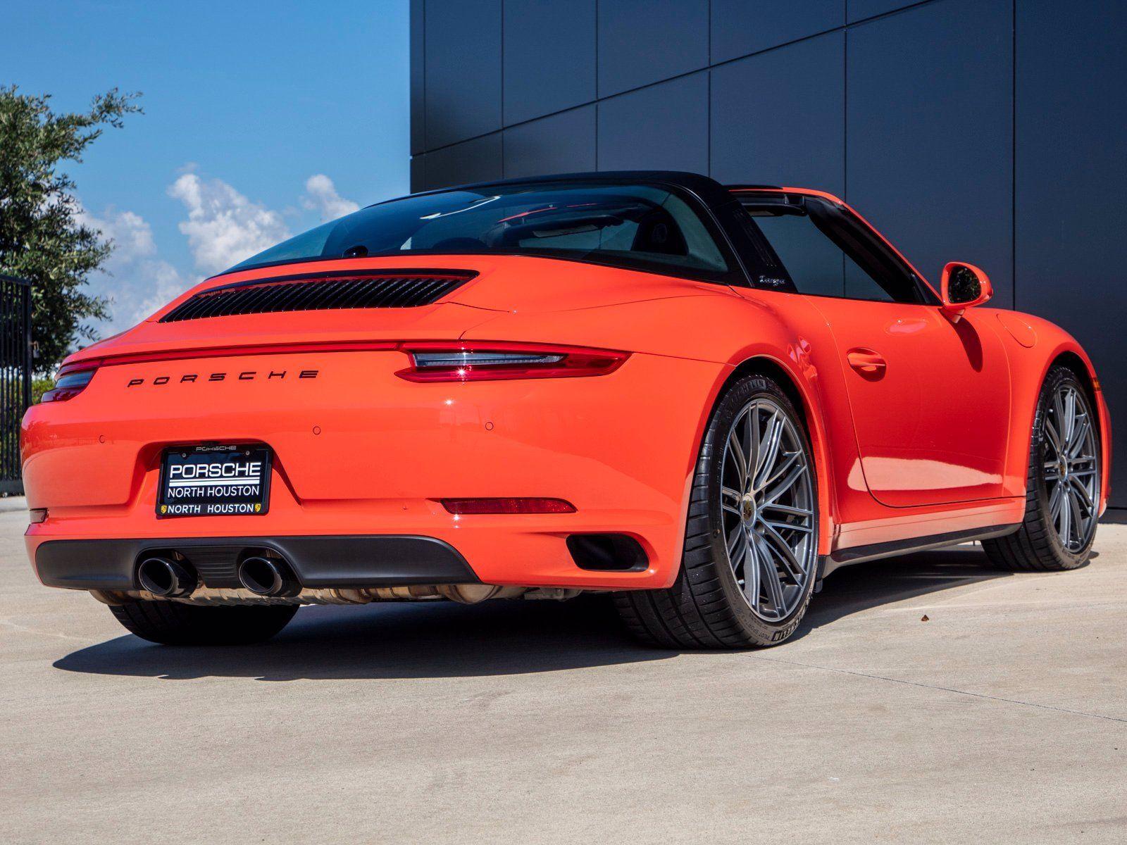 2019 Porsche 911 Targa 4 – 5