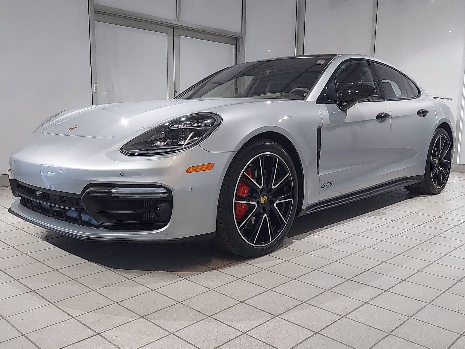 2020 Porsche Panamera GTS – 3
