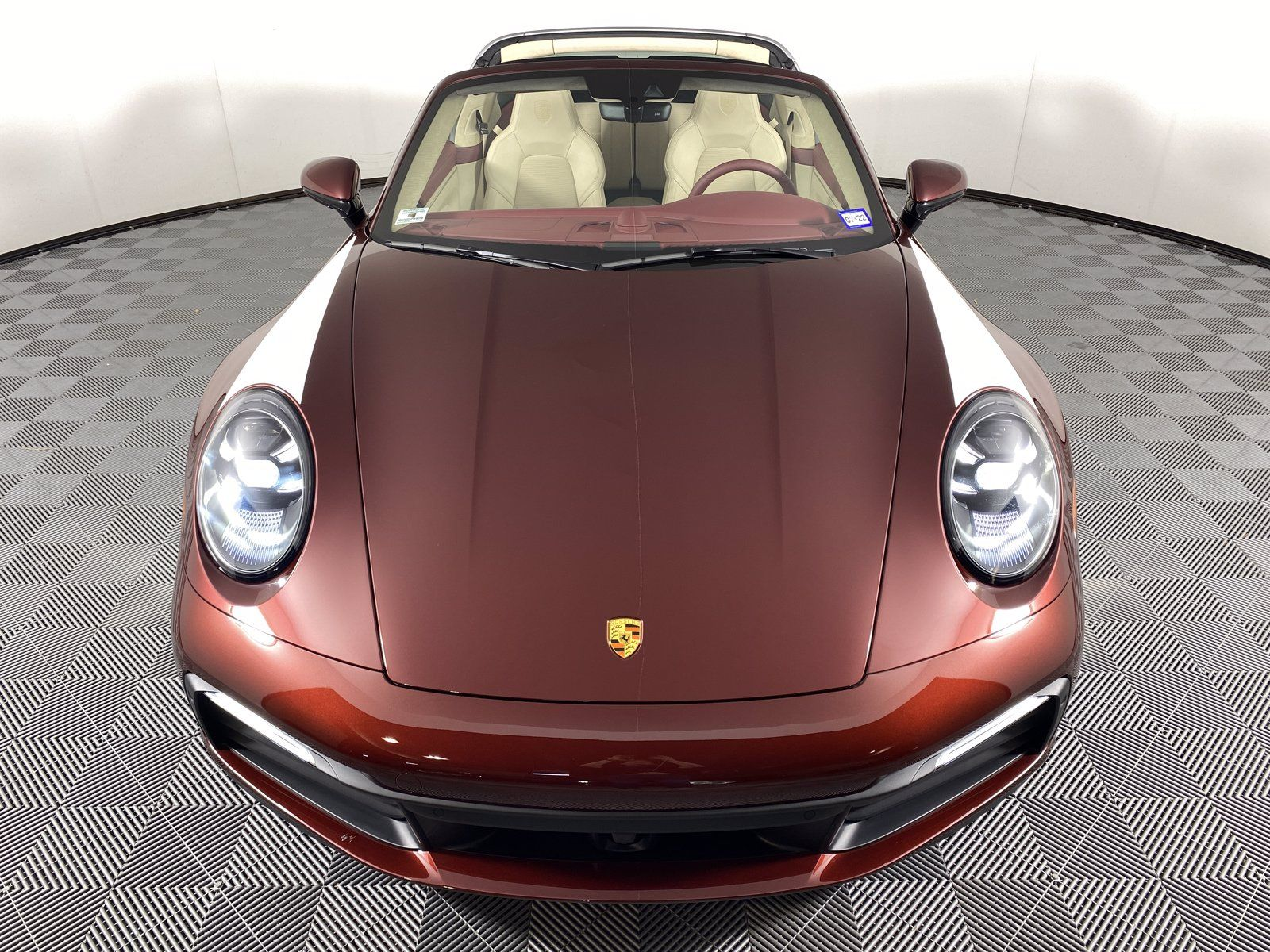 2021 Porsche 911 Targa 4S Heritage Design Edition – 2