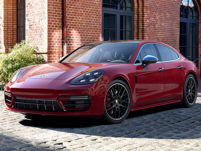 2021 Porsche Panamera GTS – 1