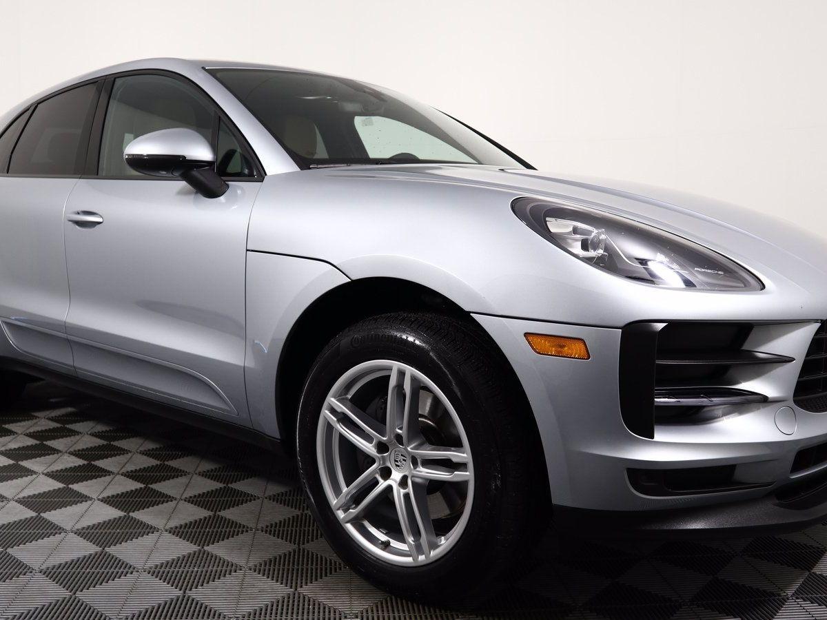 2020 Porsche Macan – 1