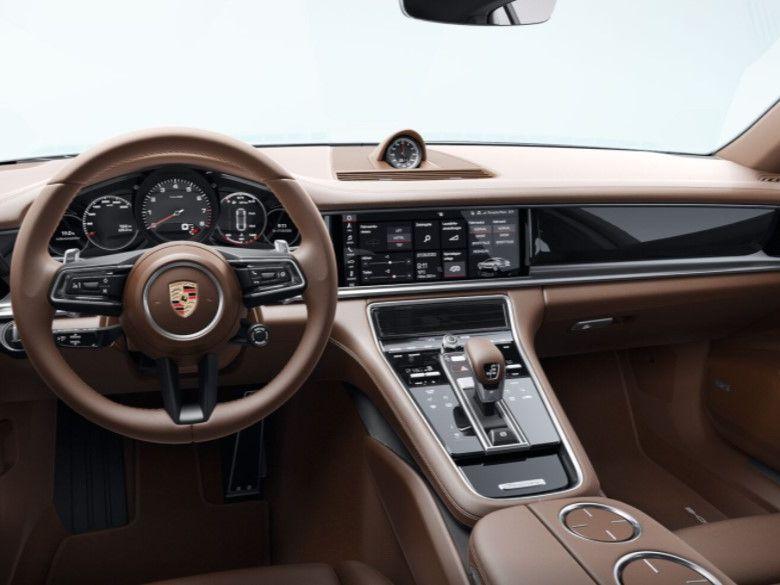 2021 Porsche Panamera 4 Executive – 4