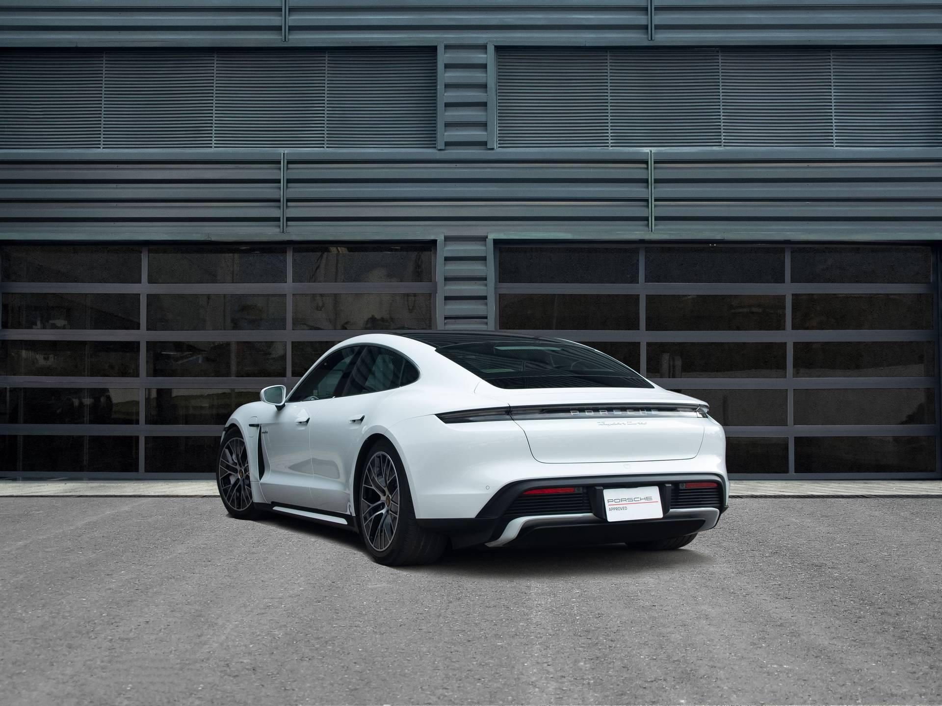 2020 Porsche Taycan Turbo – 3