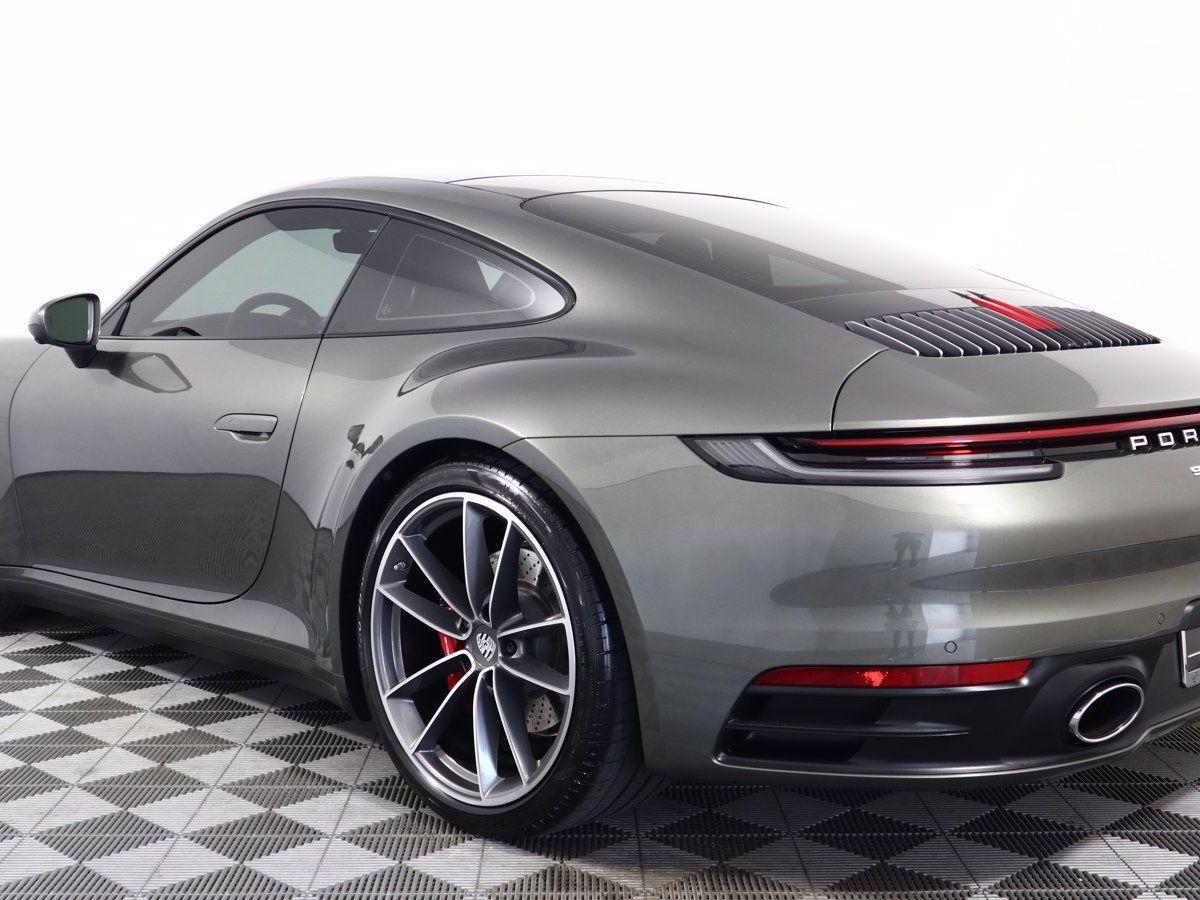 2020 Porsche 911 Carrera 4S (992) – 5