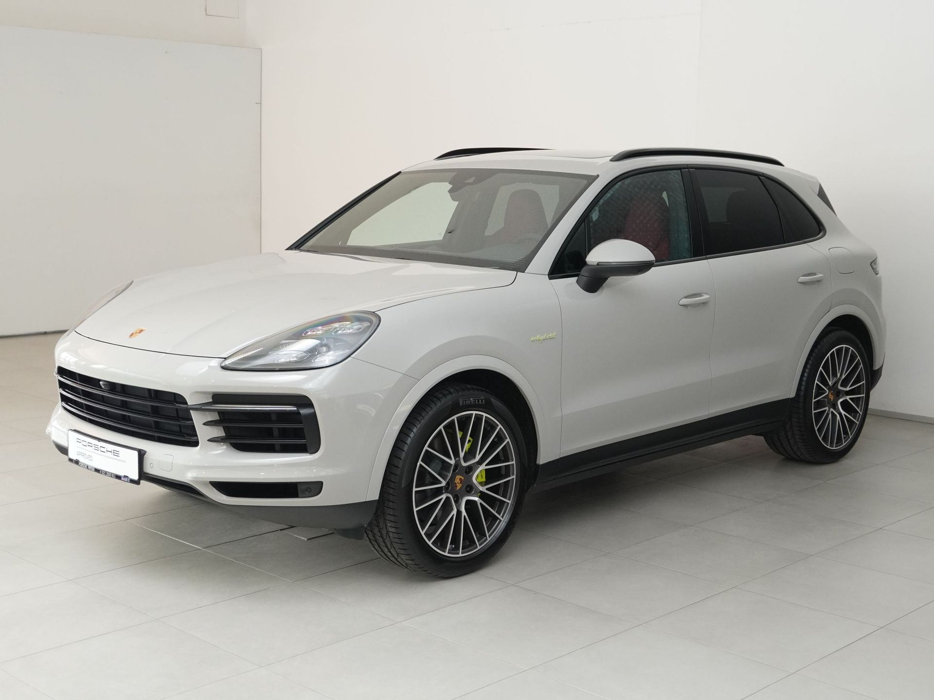 Porsche Cayenne E-Hybrid – 1